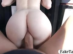 girl fucks sex machine